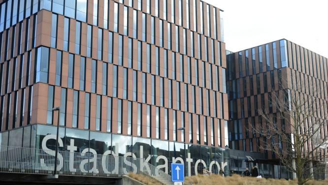 """Stad Leuven gaat ook na corona inzetten op 'hybride werken': """"De medewerkers staan centraal, niet de werkplek"""""""