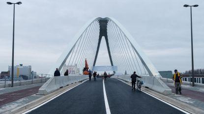 """""""Onze geliefde brug is weer open"""""""