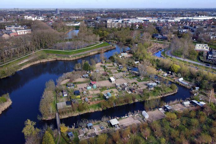 Negen tuinen op het Eiland bij Volkstuindersvereniging Oostgracht zijn vervuild met lood.