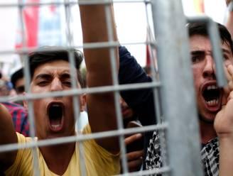 Duizenden aanhangers Turkse oppositie de straat op