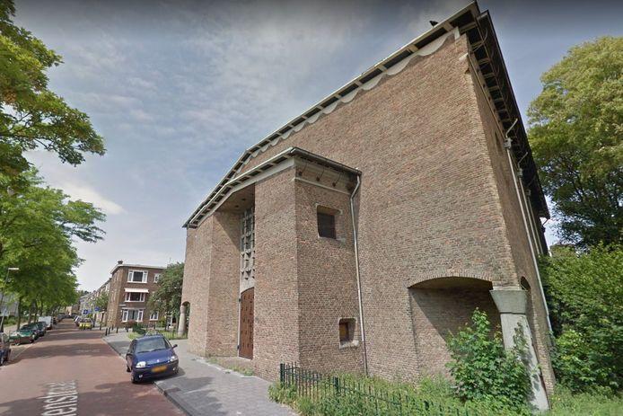 De Thomaskerk aan de Harmelenstraat in Den Haag.