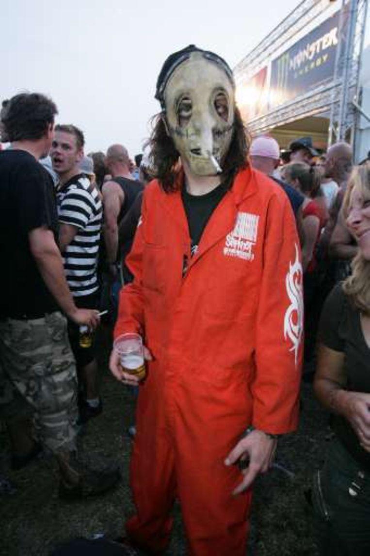 Fans van Slipknot houden wel van een verkleedpartijtje. Beeld UNKNOWN