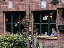 Dit is misschien wel het enige Nederlandse café dat nu geopend is