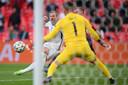 Harry Kane mist de kans op 2-0.