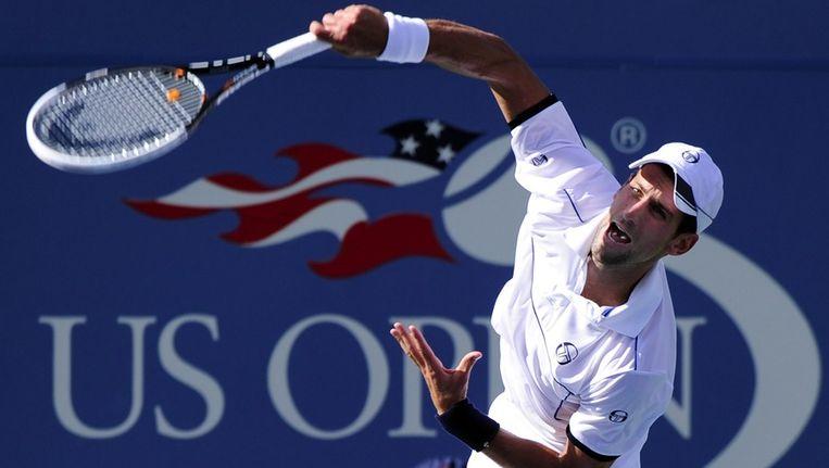Novak Djokovic in de match tegen zijn landgenoot Janko Tipsarevic. Beeld epa