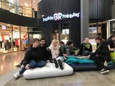 Een etmaal wachten voor gratis ijs van Baskin-Robbins in Eindhoven