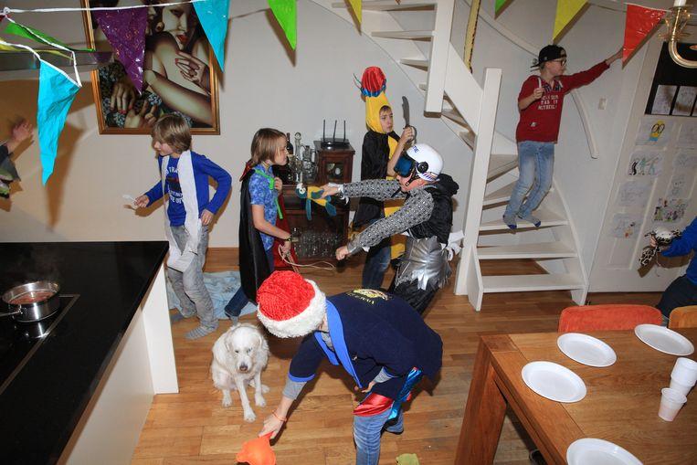 In Denderhoutem vraagt een school om de hele klas uit te nodigen voor verjaardagsfeestjes, of het discreet te houden. Maar heeft dat wel zin? Beeld Hollandse Hoogte / Arie Kievit