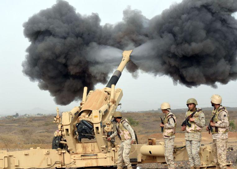 Onder leiding van Saoedi-Arabië voert een coalitie van soennitische landen uit de regio bombardementen uit op Jemen. Beeld AFP