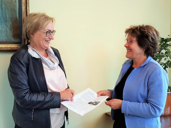 Volgens Jeanne Heessels van Ouderen Samen (rechts) is er in Vught behoefte aan méér wijksteunpunten.