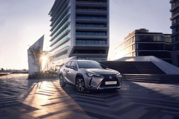 Met Lexus One kun je vier keer per jaar van auto wisselen.