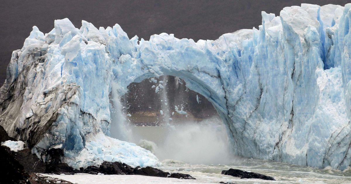 Kijk hoe een reusachtig stuk van de perito moreno gletsjer instort video de morgen - Hoe een stuk scheiden ...