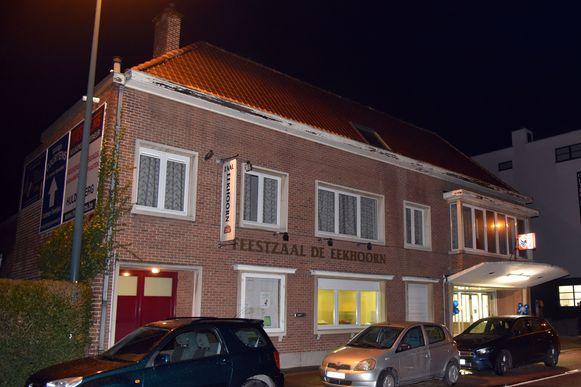 Tot voor kort werden de dorpsrestaurants in zaal De Eekhoorn georganiseerd, maar die is sinds eind vorig jaar definitief dicht. Voortaan zal er in het sport- en jeugdcentrum Koldam gesmuld kunnen worden.