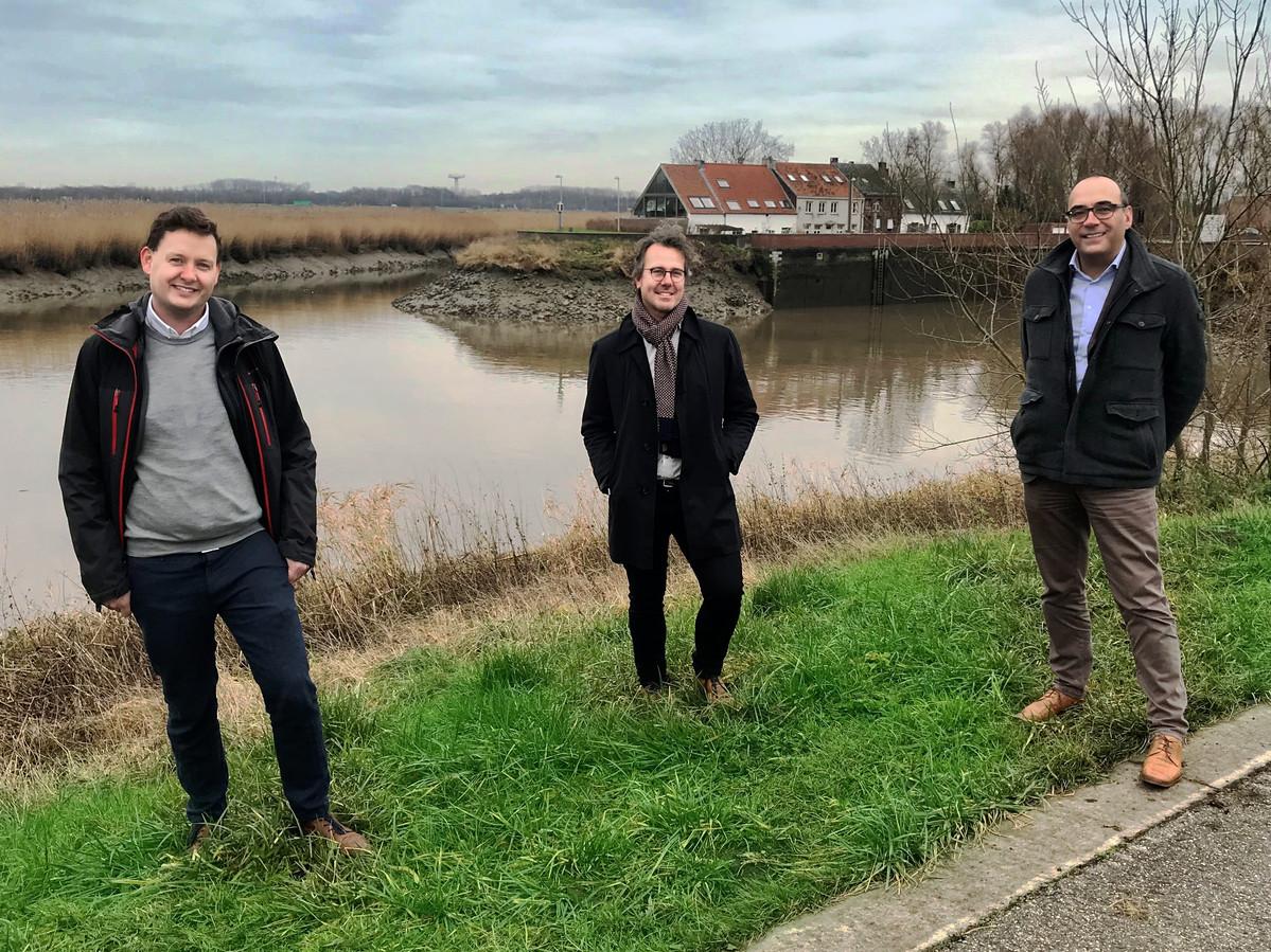 IGEMO-streekmangers Ben Bruininkx en Anthony Vanoverschelde en algemeen directeur Peter De Bruyne.