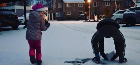 Zo ziet Nederland eruit onder een deken van witte sneeuw