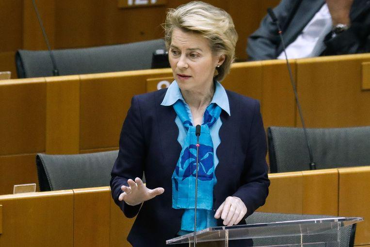 Ursula von der Leyen tijdens een vergadering van het Europese Parlement in Brussel.  Beeld AFP