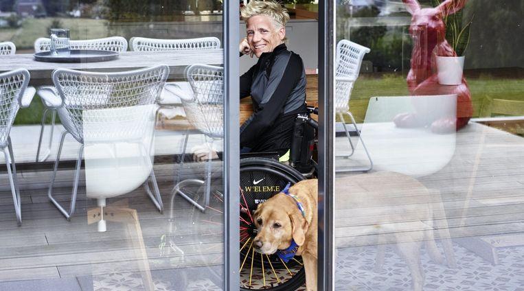 Marieke Vervoort over haar deelname aan Het huis: 'Ik wil gewoon mezelf zijn en met mijn eerlijkheid mensen inspireren.' Beeld VRT / Paul van Rooy