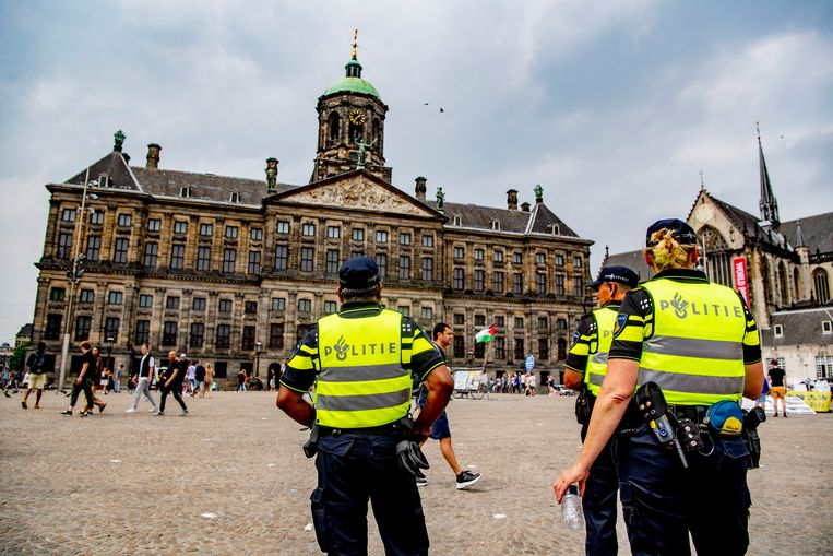 Politieagenten hebben veel moeite met het vinden van een woning in de stad. Beeld SOPA Images/LightRocket via Gett