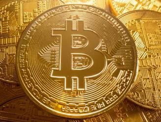 Bitcoin stijgt naar 62.000 dollar, recordkoers in zicht