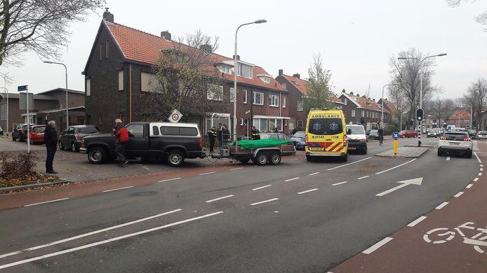 Het slachtoffer kwam rechtsachter naast de auto terecht.