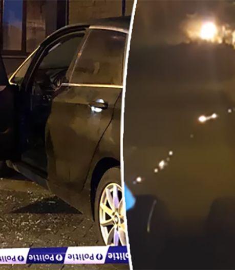Un homme incendie une voiture à Wilrijk, prend lui-même feu et s'enfuit