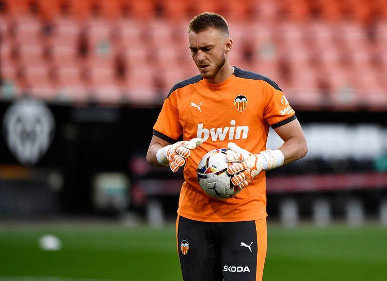 Jasper Cillessen, hier met zijn Spaanse club Valencia tegen Santander op 2 mei.  Beeld REUTERS