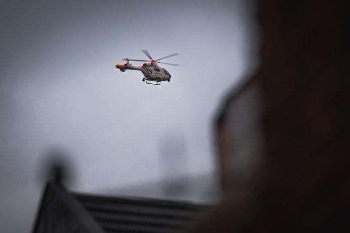 De federale politie zette een helikopter in om mee te zoeken.