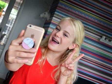 Vergeet Facebook: Anne-Jet (13) uit Borne is een ster op Musically