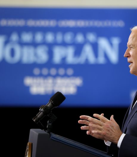 Biden belooft 'miljoenen banen' met historisch steunpakket