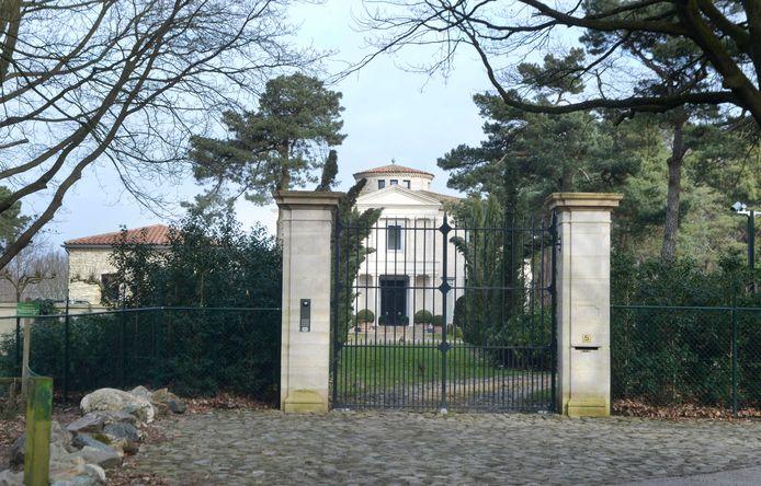 Terwindt bouwde een Toscaanse villa op de Sterrenberg in Beek.