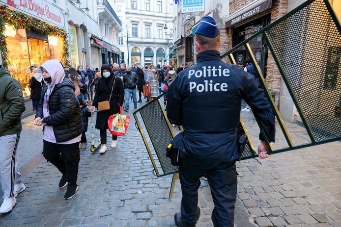 Veel volk op Brusselse Grote Markt