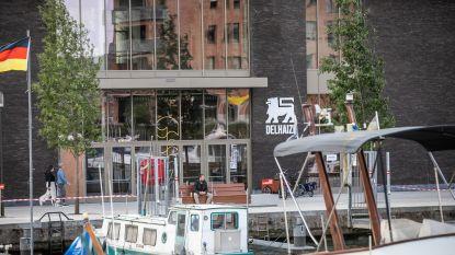 """""""Ik ga even met de boot naar de winkel"""": nieuwe Delhaize opent op kadeniveau aan het water van Quartier Bleu"""