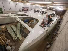 10.000 uur werk door Helmonds paar: catamaran is bijna klaar