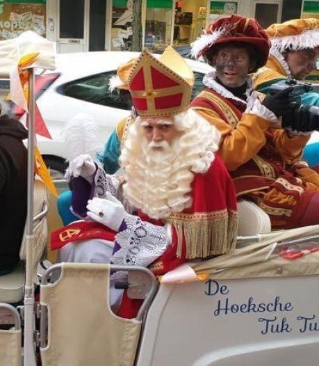 Sint en Piet gaan met tuktuk door Oud-Beijerland: 'Met een rondrit staan de mensen verspreid'