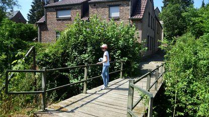 Oude voetgangersbrug wordt vervangen