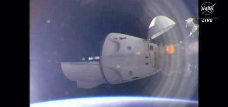 Naar de ruimte in een tweedehandsje: Dragon-capsule van Space X succesvol aan ISS gekoppeld