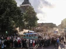 Met deze mensen en wagens werden de Varsseveldse Volksfeesten afgetrapt