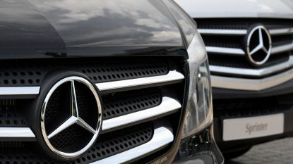 """""""Mercedes schrijft massaal zelf auto's in om Europese regelgeving te omzeilen"""""""
