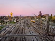La motion du PTB à Charleroi contre la suppression des guichets de la SNCB est rejetée