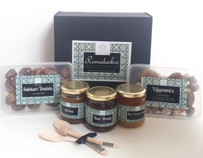 Ramadanbox ontwikkeld door Cup of Shifa van Leah Delaney en Oussama Hamdoune.