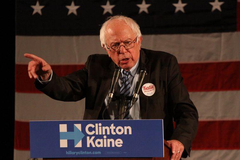 Bernie Sanders was Clintons grote rivaal voor de Democratische nominatie, maar steunt haar nu tijdens haar campagne. Beeld Photo News