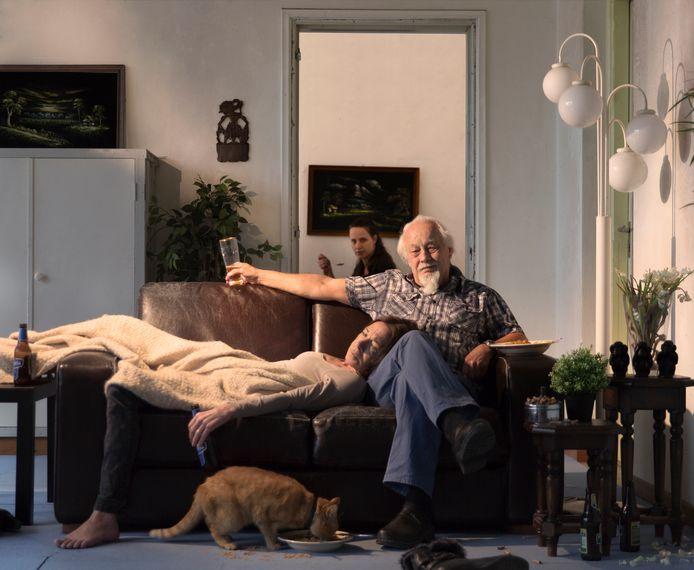 'Het dronken paar', gebaseerd op de werken van Jan Steen. Haar ouders stonden model voor deze fotoreeks.