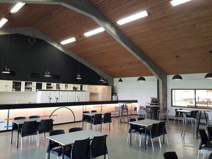 De sporthallen in Damme kregen een opknapbeurt.