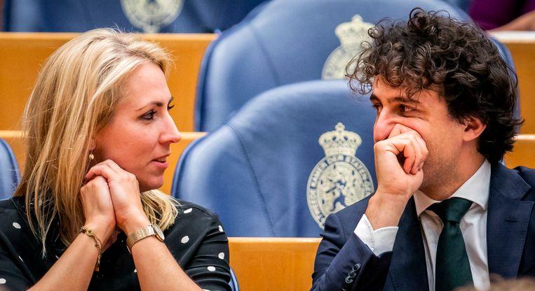 Lilian Marijnissen (SP) en Jesse Klaver (GroenLinks) tijdens het debat met de Tweede Kamer over de aanpak van de stikstofproblematiek.  Beeld Hollandse Hoogte /  ANP