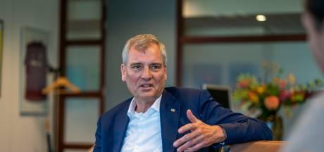 PSV krijgt met Van der Wallen nieuwe topcommissaris en strikt Eric van Schagen als 'wijze man'