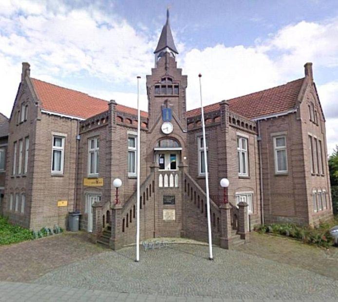 Het vroegere gemeentehuis van Berghem is een object dat de heemkundekring Berchs-Heem in bezig wil krijgen.