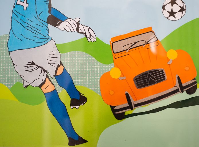 Voetbal en een 2CV. Voorbeeld van een passieportret.