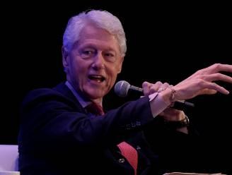 """Voormalig Amerikaans president Bill Clinton (75) aan de beterhand: """"Morgen uit het ziekenhuis ontslagen"""""""