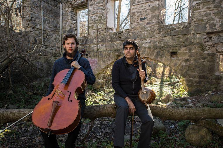 Het Canadese duo Kamancello bestaande uit Raphael Weinroth-Browne en Shahriyar Jamshidi. Beeld