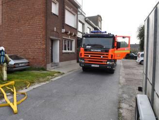 Brandweer moet tussenkomen nadat verbranding van snoeiafval uit de hand loopt