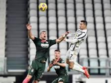 Ronaldo leidt met twee kopgoals Juve naar zege op Crotone